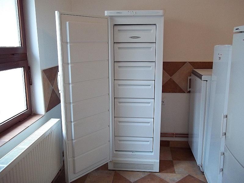 http://bazarcentrum.cz/storage/Audiovideo102019/201A.JPG
