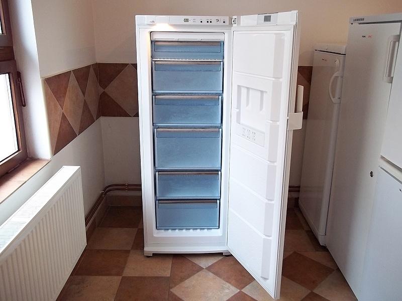 http://bazarcentrum.cz/storage/Lednice062017/399A.JPG