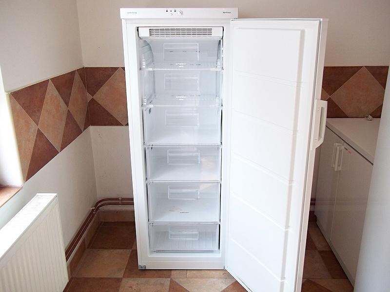 http://bazarcentrum.cz/storage/Mrazaky042018/4A.JPG
