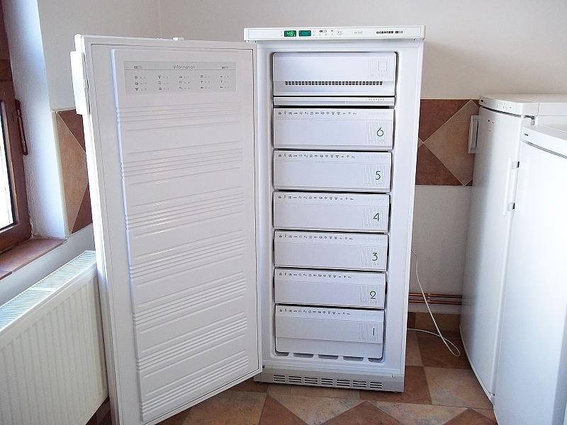 http://bazarcentrum.cz/storage/Mrazaky082021/2406A.JPG