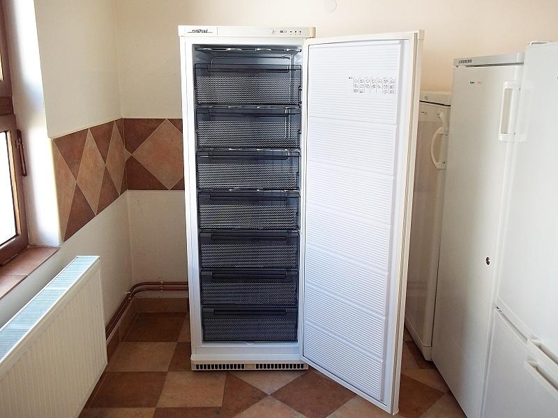 http://bazarcentrum.cz/storage/Pocitace092017/2033A.JPG