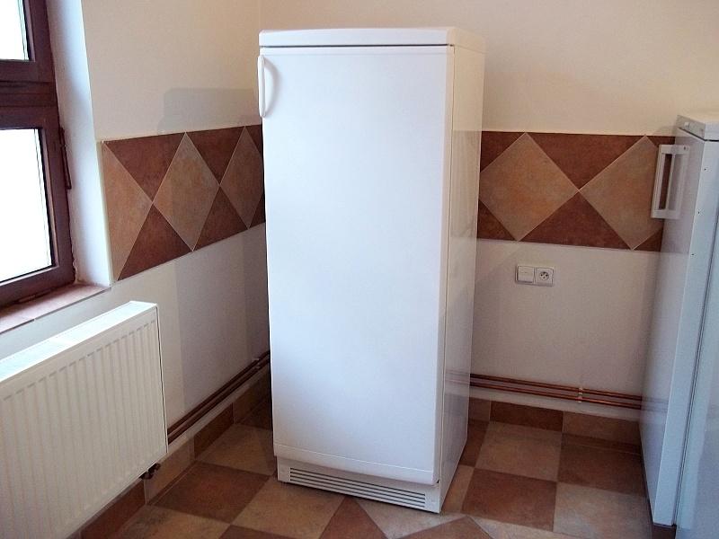 http://bazarcentrum.cz/storage/Pocitace112018/2012A.JPG